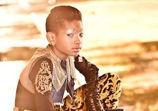 Willow Smith, Did she get her tongue peirced?